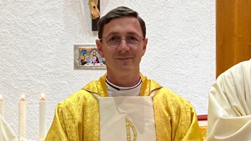 Première messe du père François